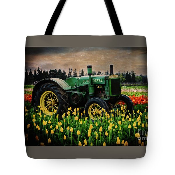 Field Master Tote Bag