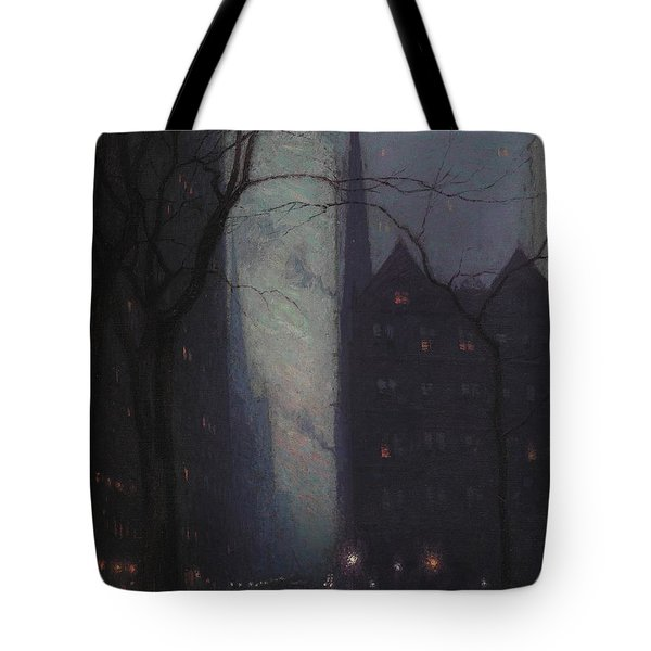 Fifth Avenue At Twilight Tote Bag by Lowell Birge Harrison