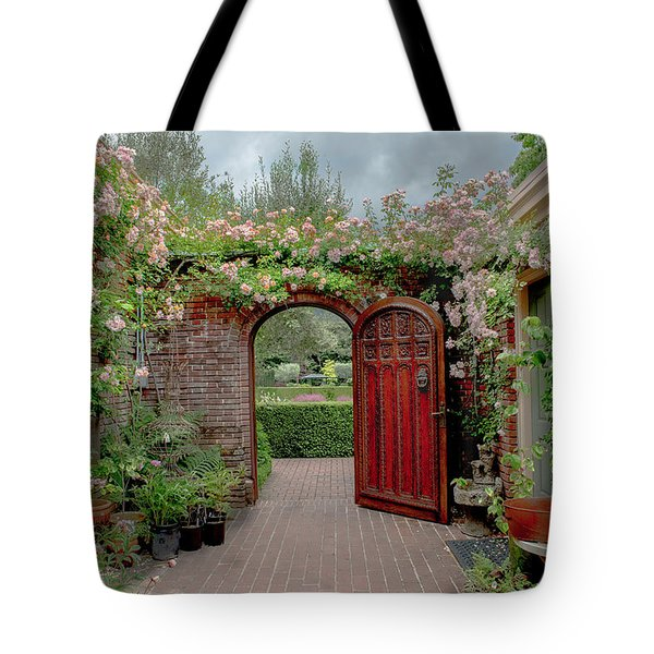 Filoli Garden Entrance Tote Bag
