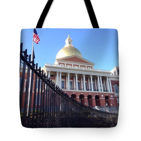 Masachusetts State House Tote Bag