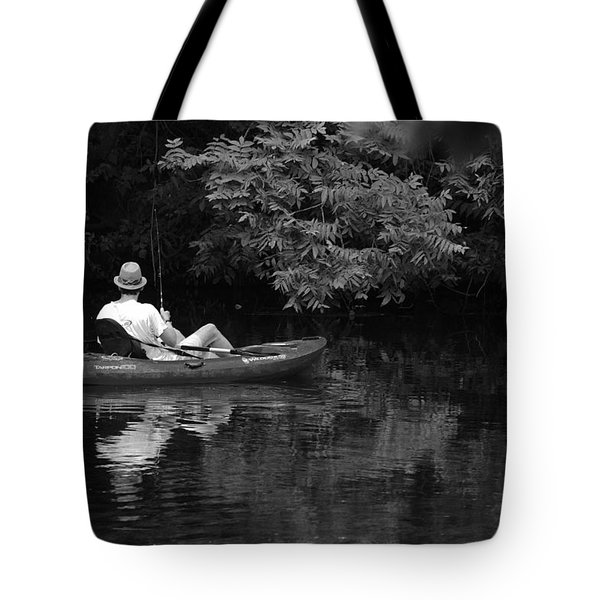 Fisherman On Lady Bird Lake - Bw Tote Bag