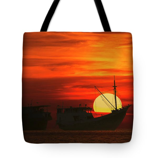 Tote Bag featuring the photograph Fishing Boats In Sea by Pradeep Raja Prints