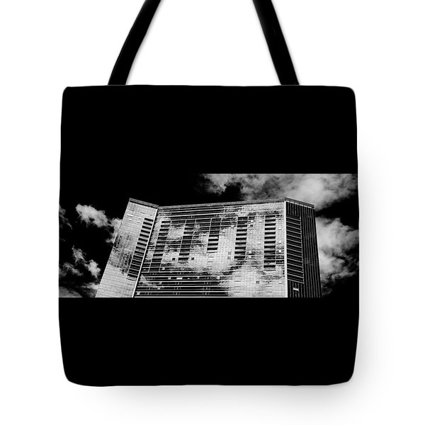 Fla-150531-nd800e-25118-bw Tote Bag