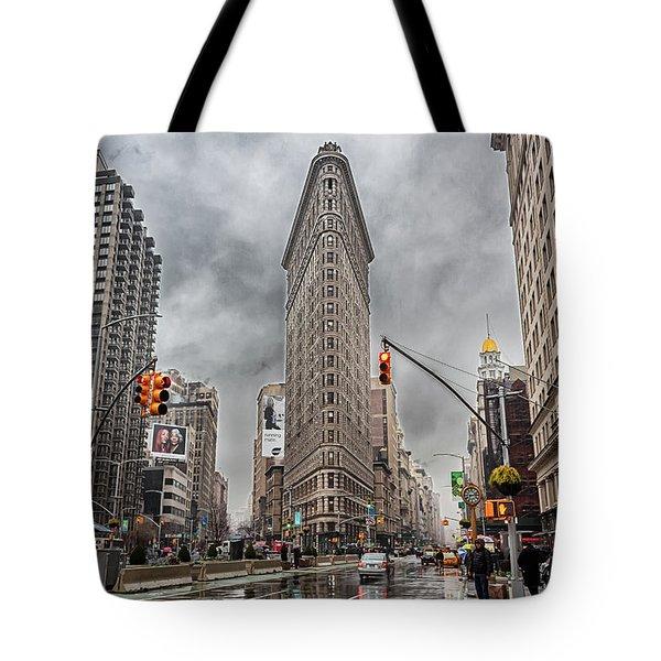 Flatiron Loveliness Tote Bag