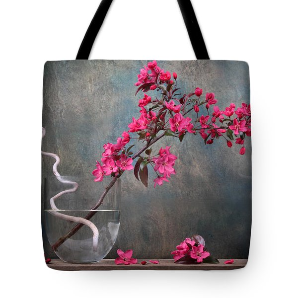 Fleur Tote Bag by Manfred Lutzius
