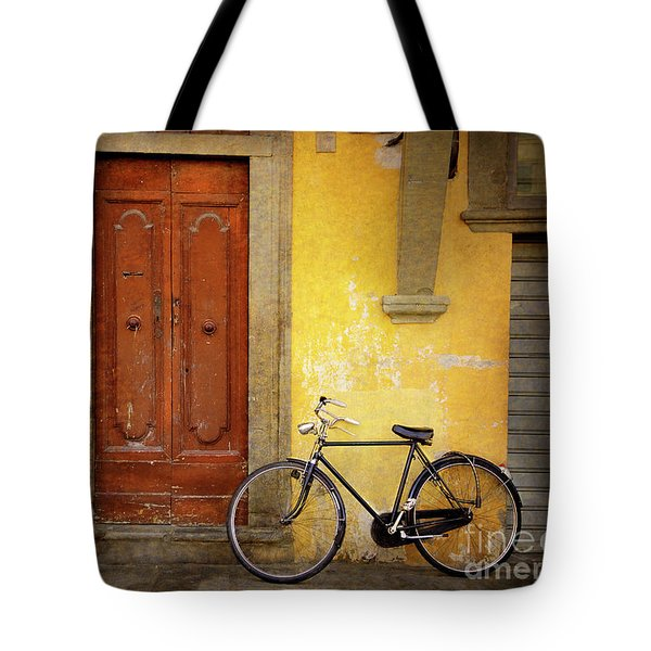Tote Bag featuring the photograph Florence Bicycle Under The Sun by Craig J Satterlee