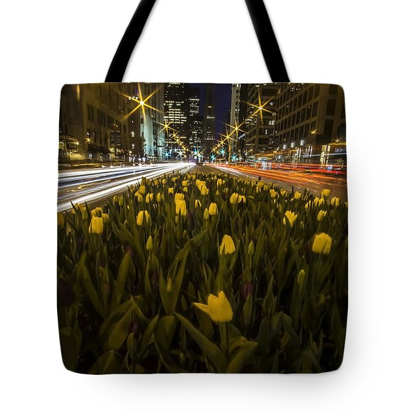 Flowers At Night On Chicago's Mag Mile Tote Bag
