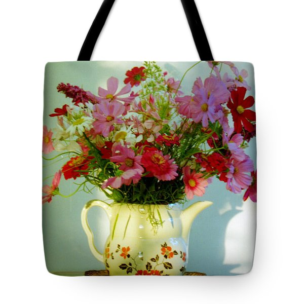 Flowers In A Teapot Tote Bag by Patricia Greer