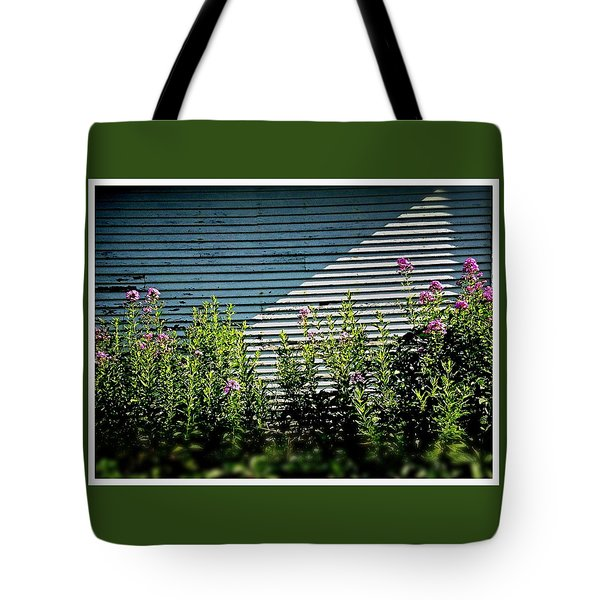Flowers Line-up Tote Bag