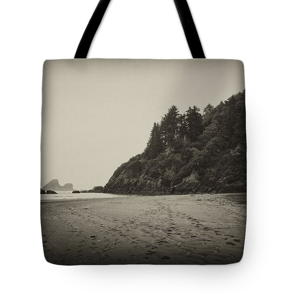 Tote Bag featuring the photograph Footprints On Moonstone Beach by Hugh Smith