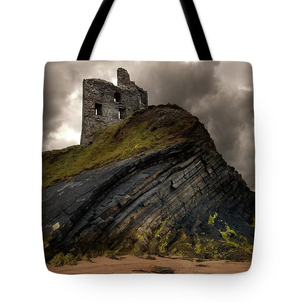 Tote Bag featuring the photograph Forgotten Castle In Ballybunion by Jaroslaw Blaminsky