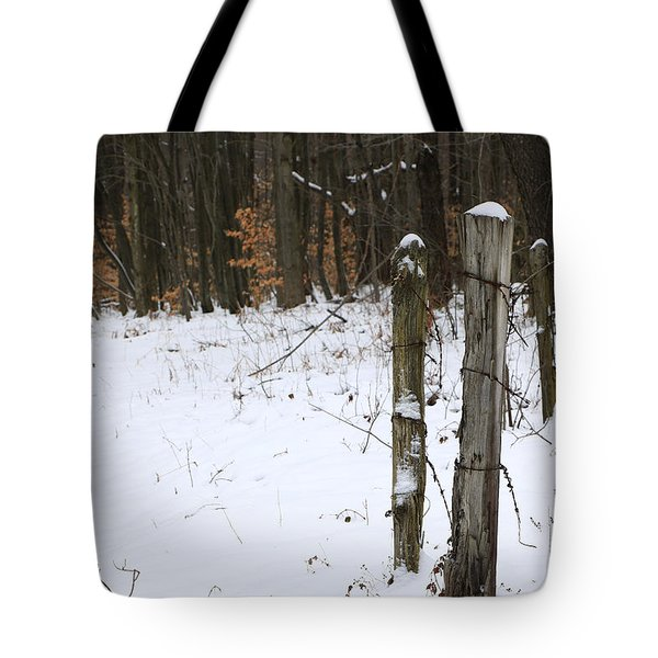 Forgotten Posts Tote Bag