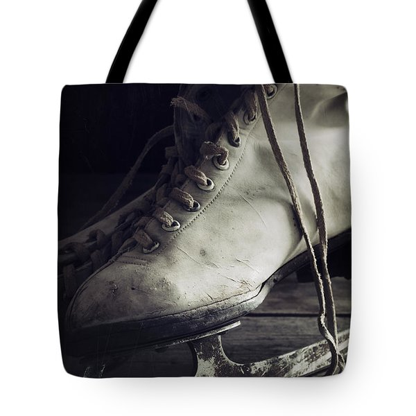Tote Bag featuring the photograph Forgotten Winter by Amy Weiss