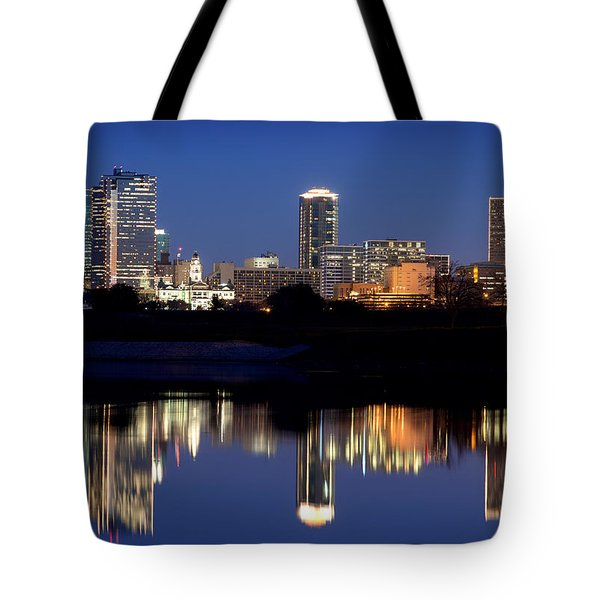 Fort Worth Reflection 41916 Tote Bag