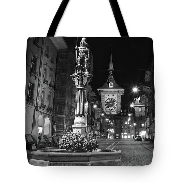 Fountain And The Zytglogge Tote Bag
