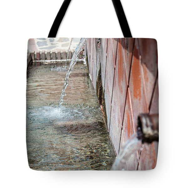 Fountain Tote Bag