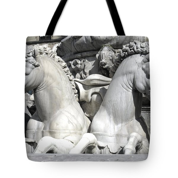 Fountain Of Neptune Florence Tote Bag