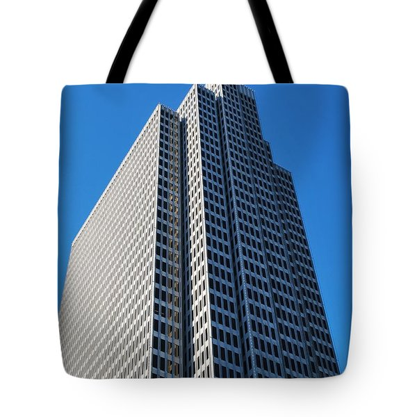 Four Embarcadero Center Office Building - San Francisco - Vertical View Tote Bag