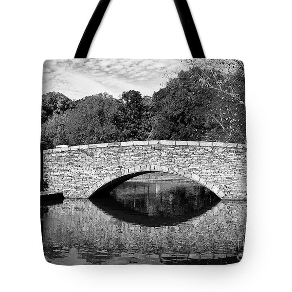 Freedom Park Bridge In Black And White Tote Bag
