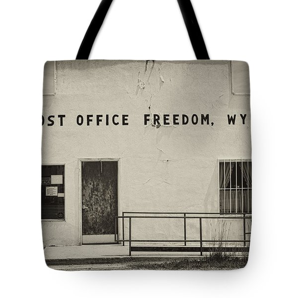 Tote Bag featuring the photograph Freedom Wyoming by Hugh Smith