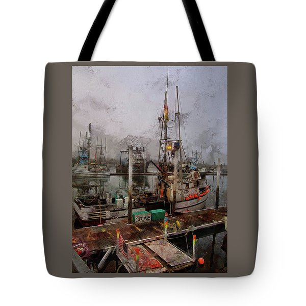 Tote Bag featuring the photograph Fresh Live Crab by Thom Zehrfeld