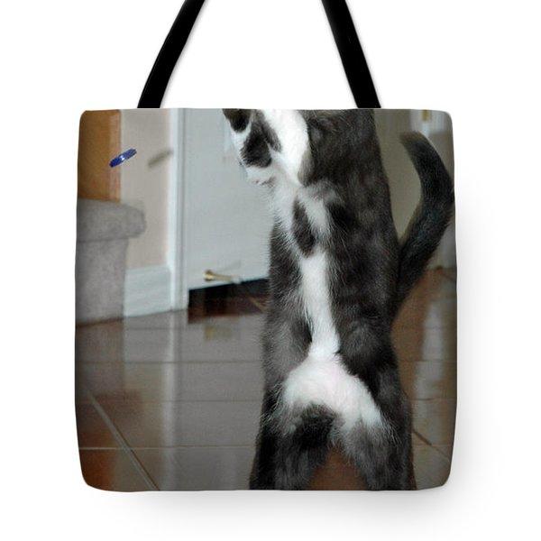 Frisbee Cat Tote Bag