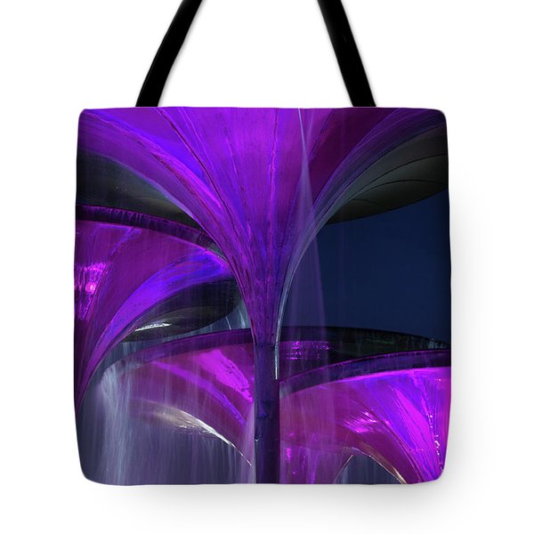 Frog Fountain At Texas Christian University Tote Bag
