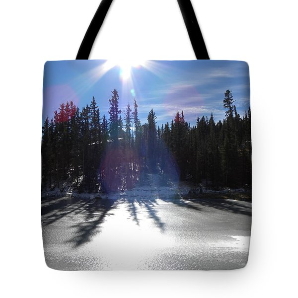 Sun Reflecting Kiddie Pond Divide Co Tote Bag