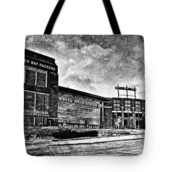 Frozen Tundra - Black And White Tote Bag