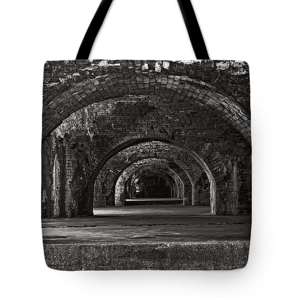 Ft. Pickens Arches Bw Tote Bag
