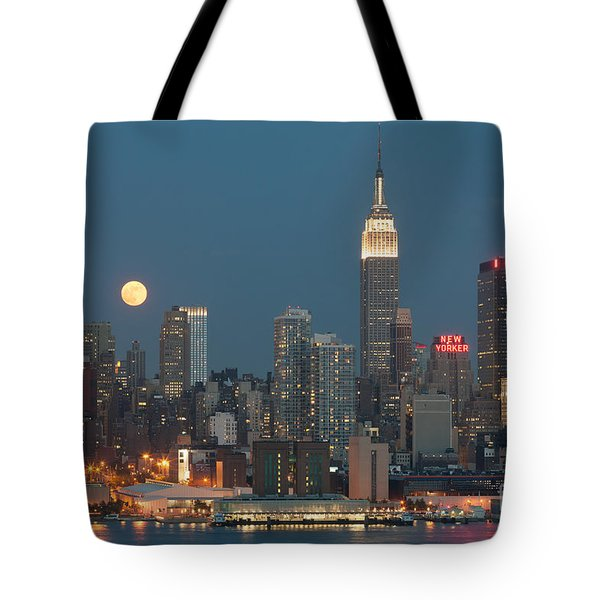Full Moon Rising Over New York City II Tote Bag by Clarence Holmes