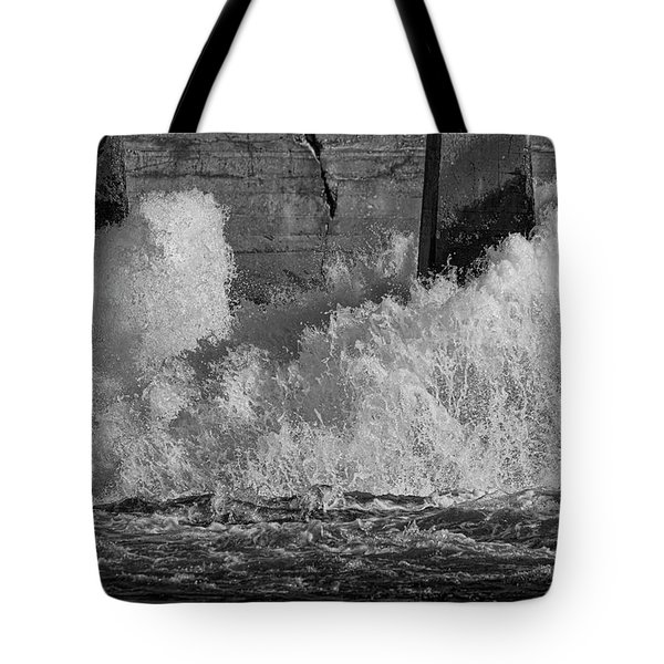 Tote Bag featuring the photograph Full Power by Thomas Young