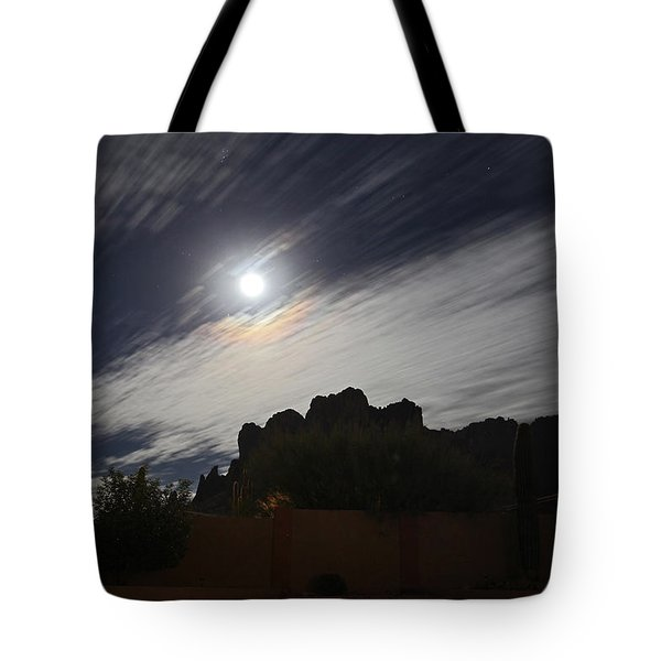 Tote Bag featuring the photograph Full Streak by Gary Kaylor
