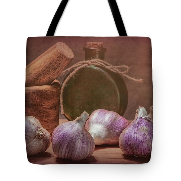 Garlic Bulbs Tote Bag