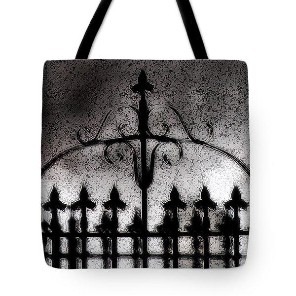 Gated Tote Bag