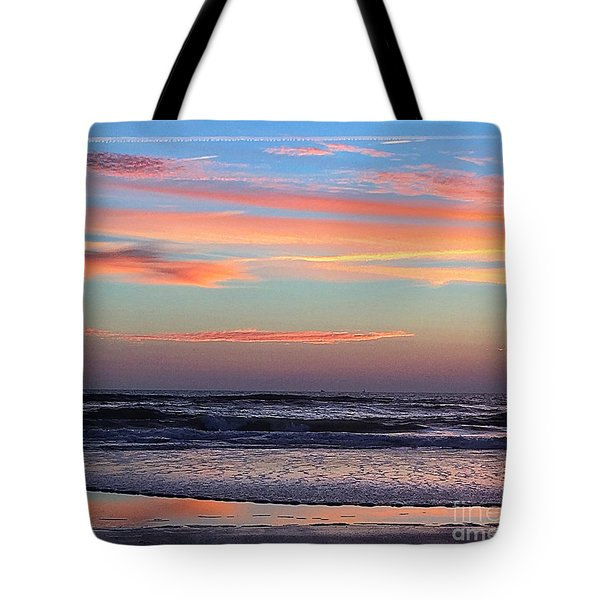 Tote Bag featuring the photograph Gator Sunrise 10.31.15 by LeeAnn Kendall