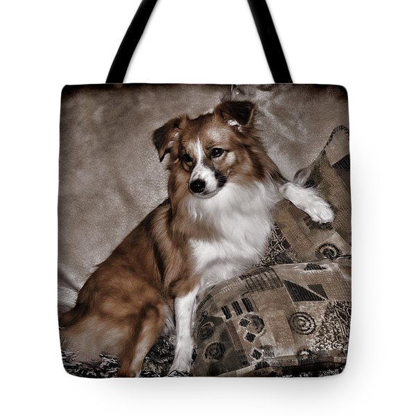 Gator Waiting Tote Bag