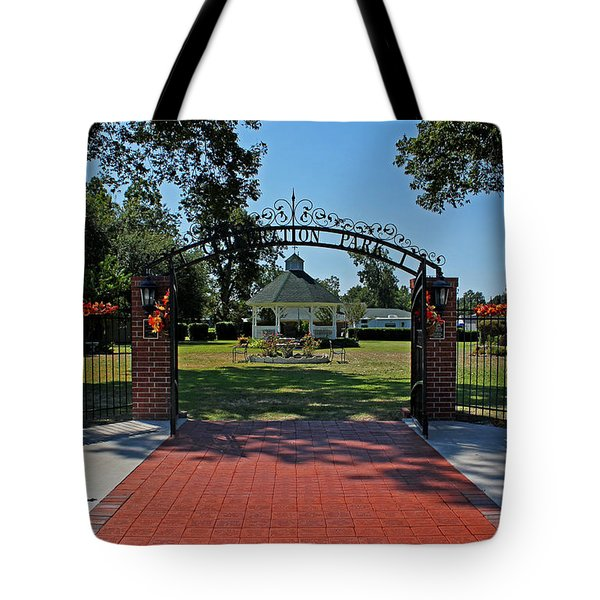 Tote Bag featuring the photograph Gazebo At Celebration Park by Judy Vincent