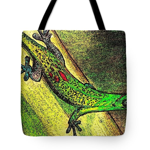 Gecko On The Green Tote Bag