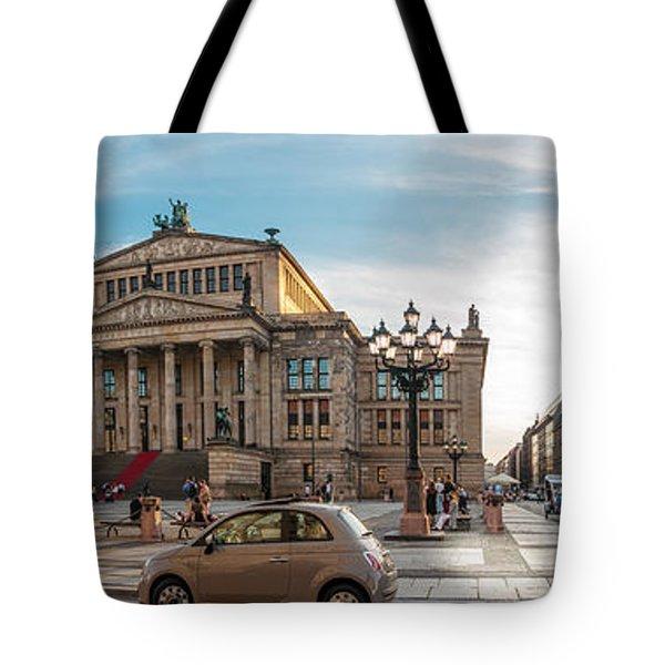 Gendarmenmarkt Platz / Berlin Tote Bag