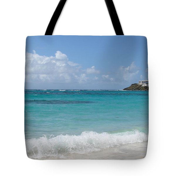 Tote Bag featuring the photograph Gentle Wave On Dawn Beach by Margaret Bobb