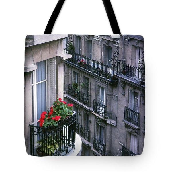 Geraniums - Paris Tote Bag