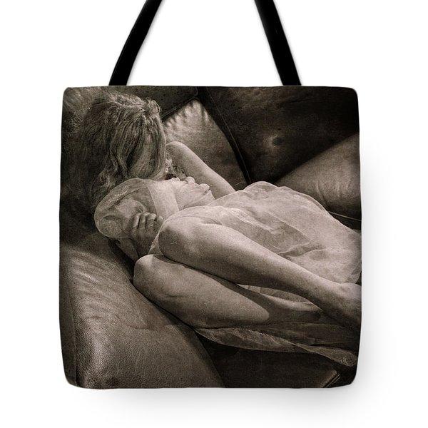 Girl #5658 Tote Bag