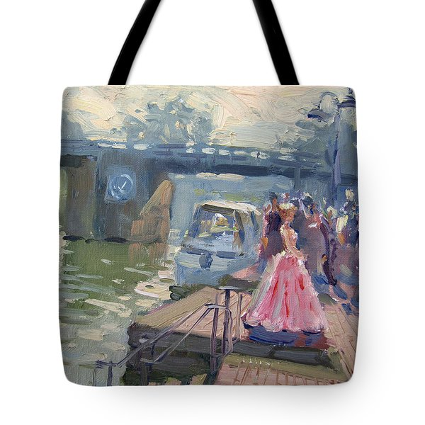 Girl In Prime Gown Striking A Pose Tote Bag