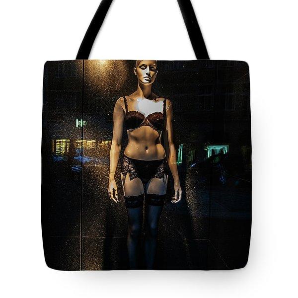 Girl_11 Tote Bag