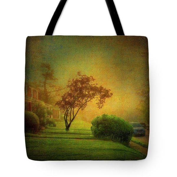 Gittings Avenue Tote Bag