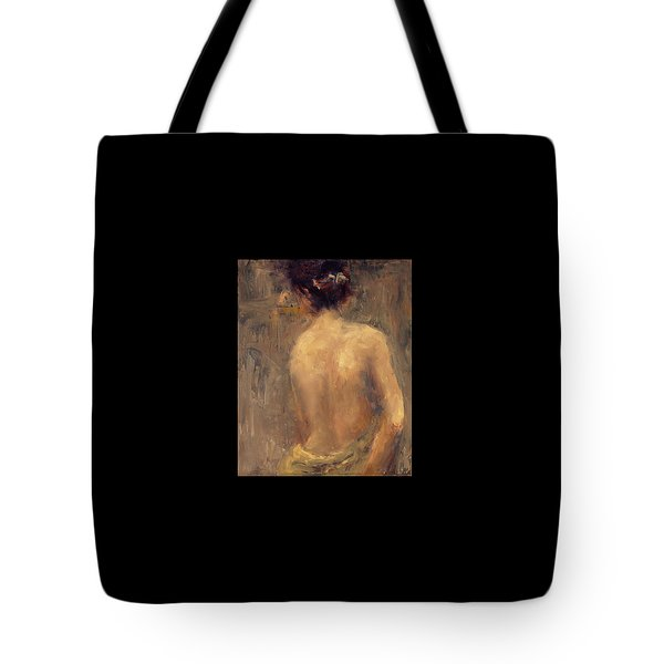 Glancing Back Tote Bag