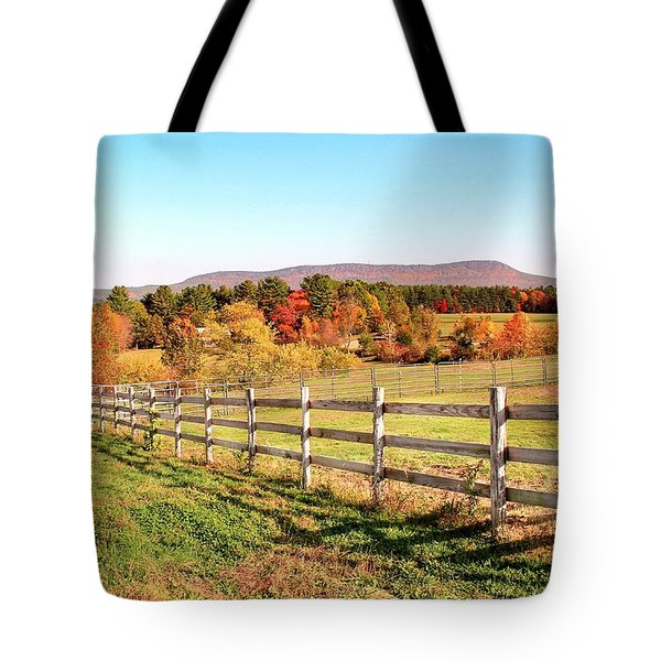 Tote Bag featuring the photograph Glendale Road View In The Fall by Sven Kielhorn