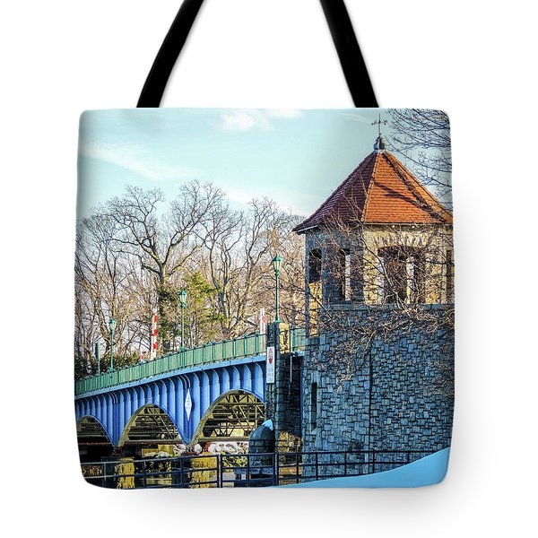Glenn Island Drawbridge Tote Bag