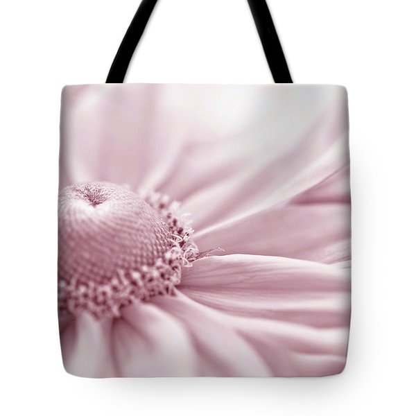 Gloriosa Daisy In Pink  Tote Bag